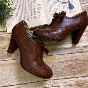 AMERICAN EAGLE Librarian Oxfords Brown Lace-up 9.5